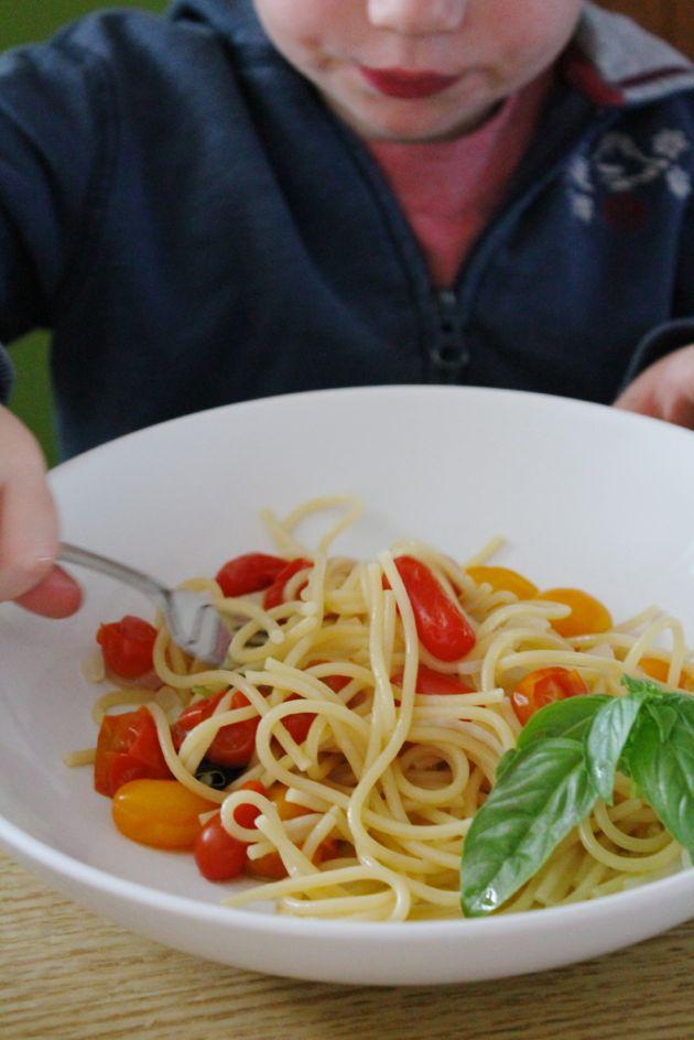eating-one-pot-pasta.jpg