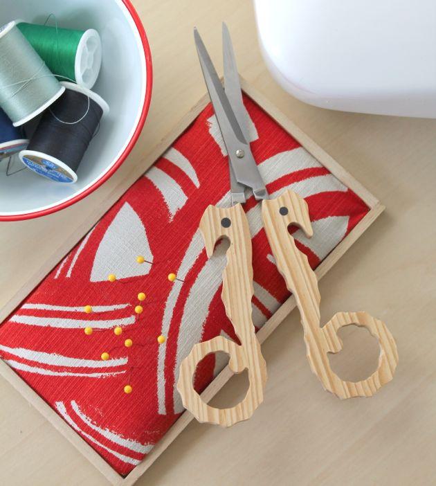 tray pin cushion tutorial