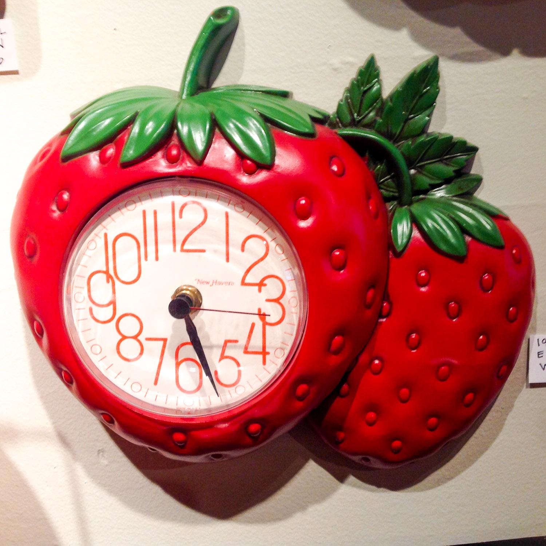 StrawberryClock.jpg