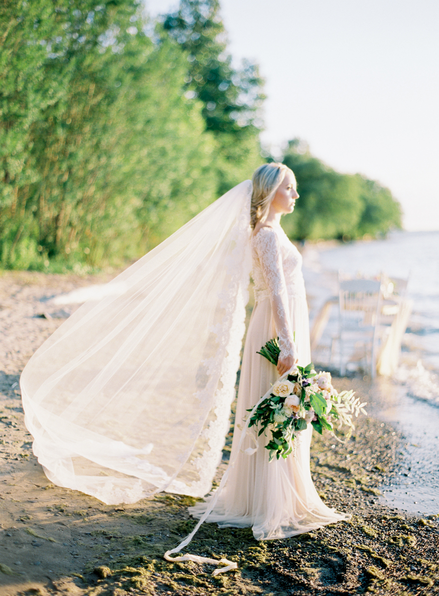 Seaside_Bridal_Inspiration_Bridal_Kurtz_Orpia (43).JPG
