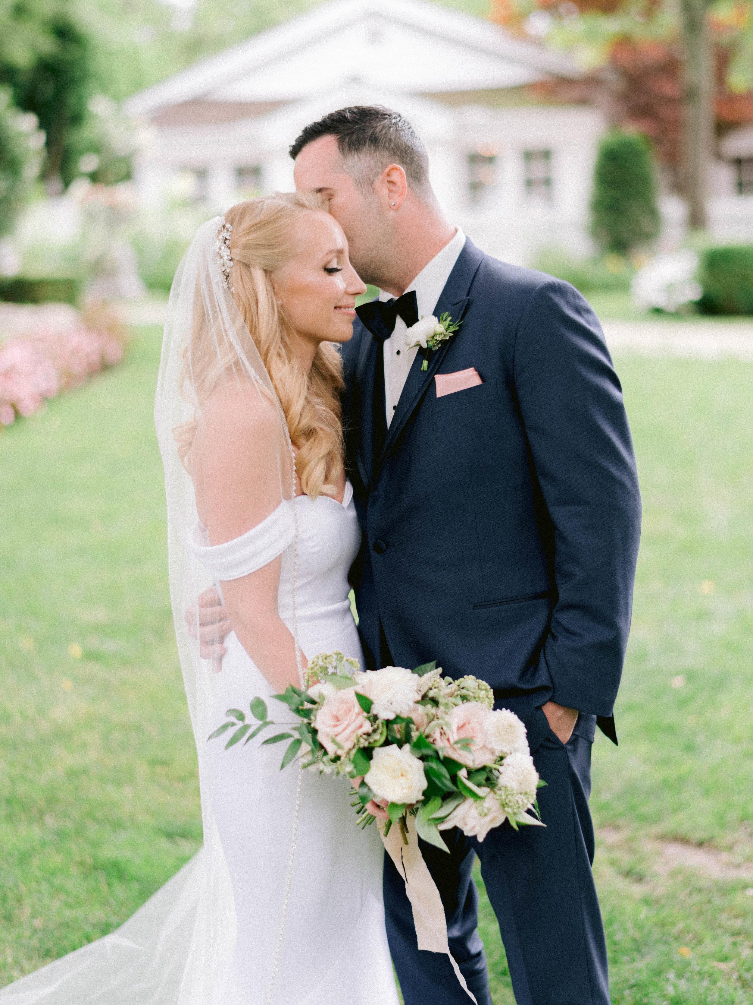 Toronto_Niagara_Wedding_Photographer_Fine_art (12 of 65).jpg