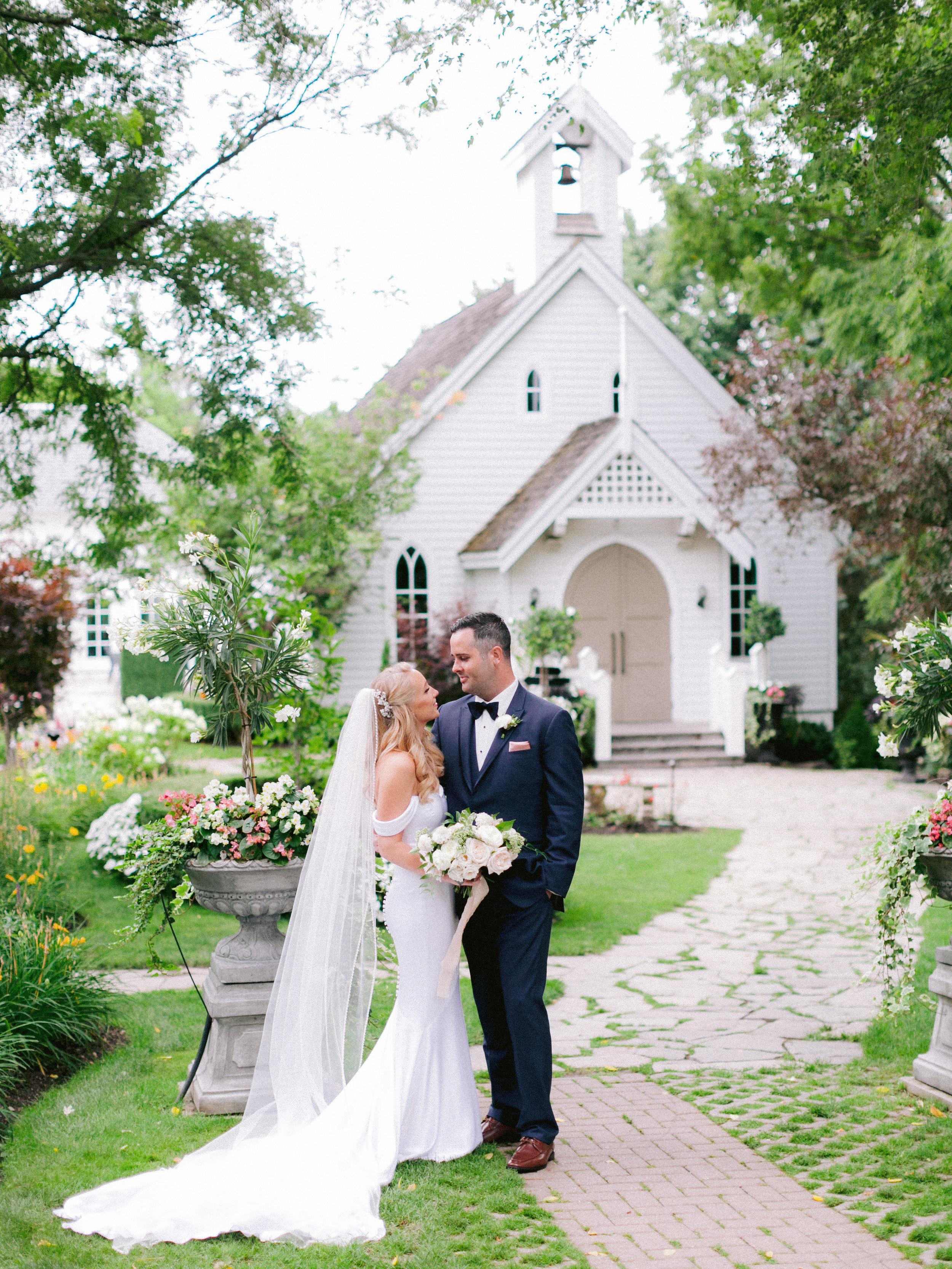 Toronto_Niagara_Wedding_Photographer_Fine_art (24 of 65).jpg