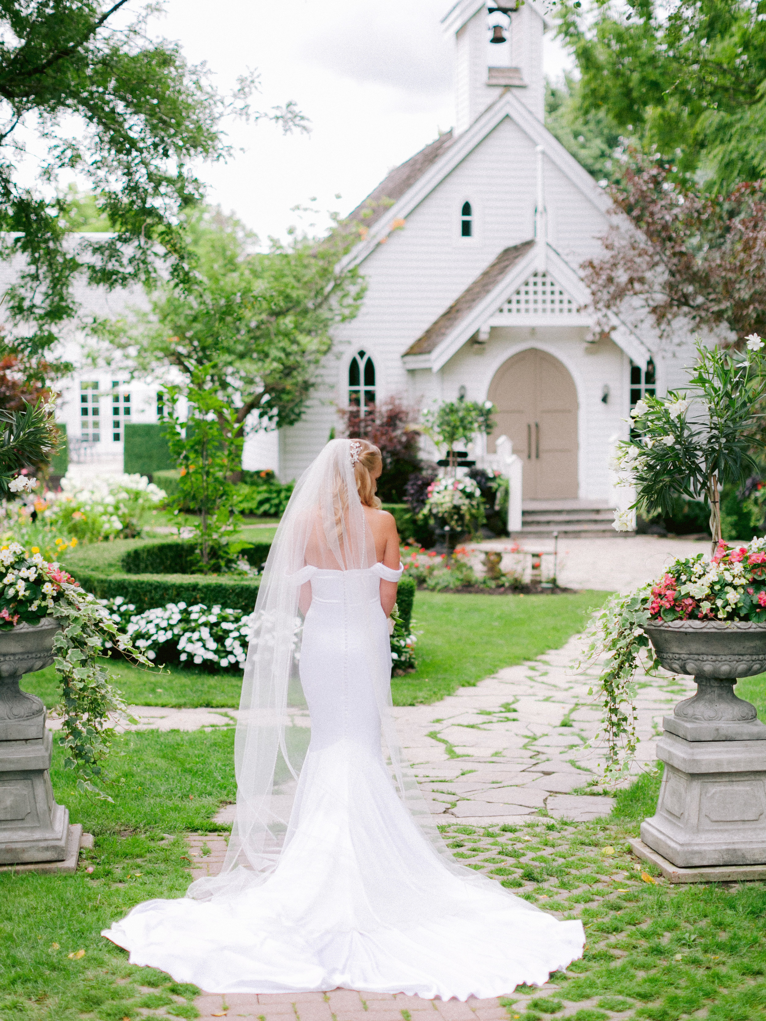 Toronto_Niagara_Wedding_Photographer_Fine_art (35 of 65).jpg