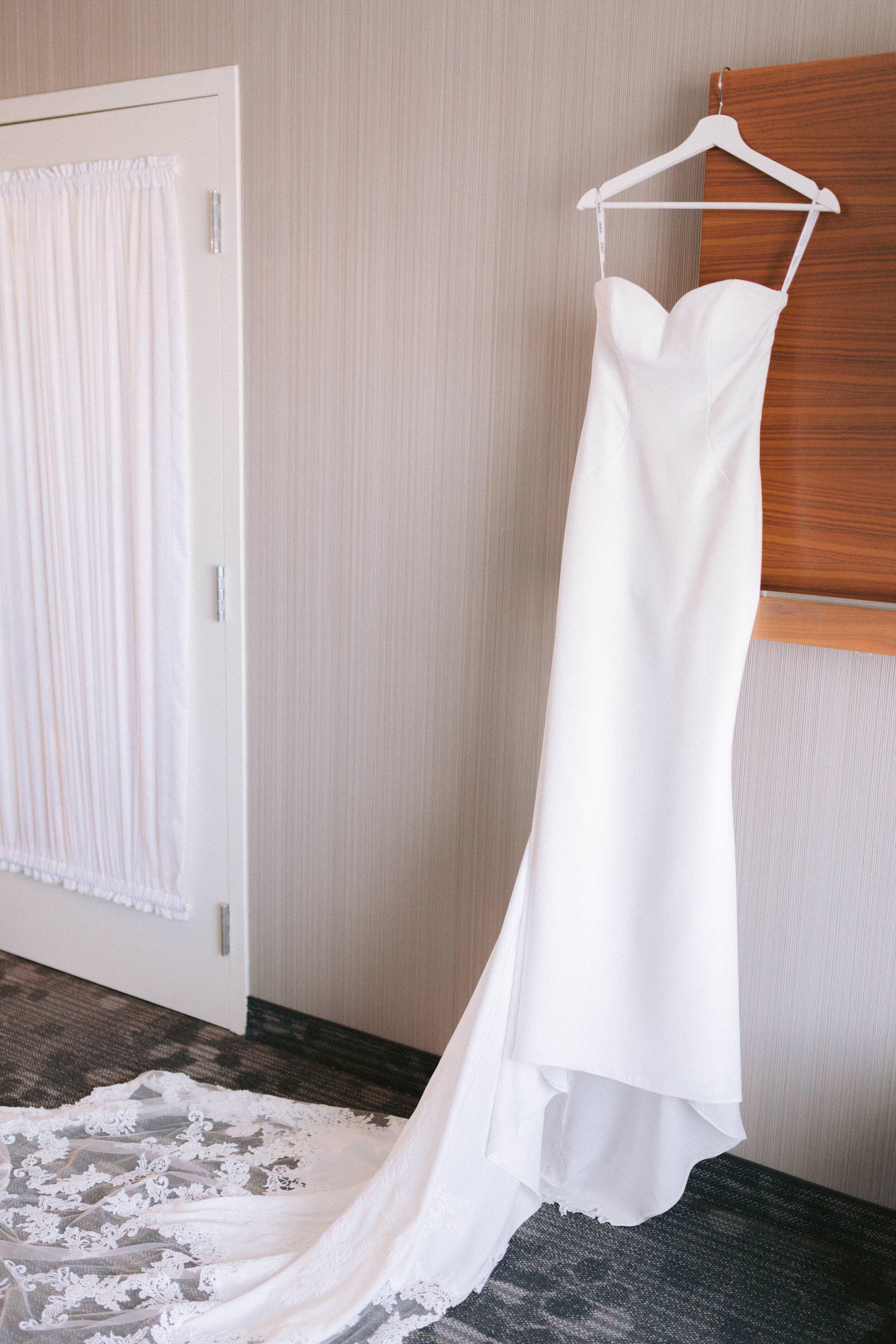 Bride Getting Ready (16 of 54).JPG
