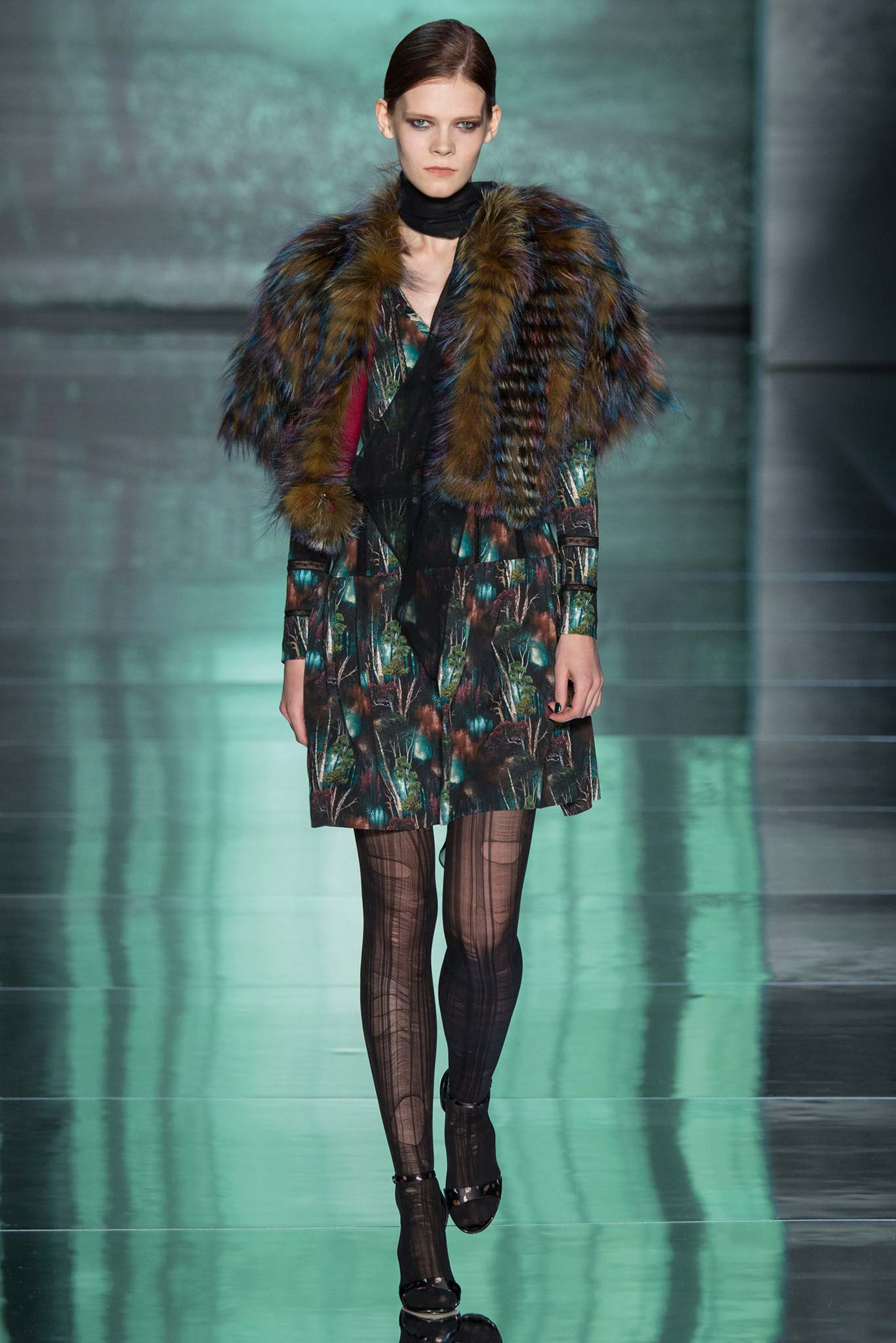 Nicole Miller Fur Bolero Fall 2015