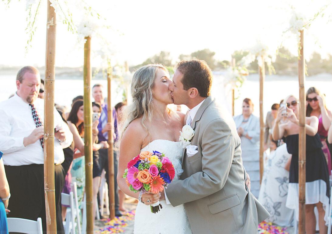 melinda aisle kiss.jpg