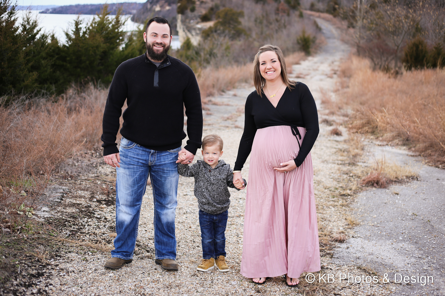 Spradling Family Maternity-5.JPG