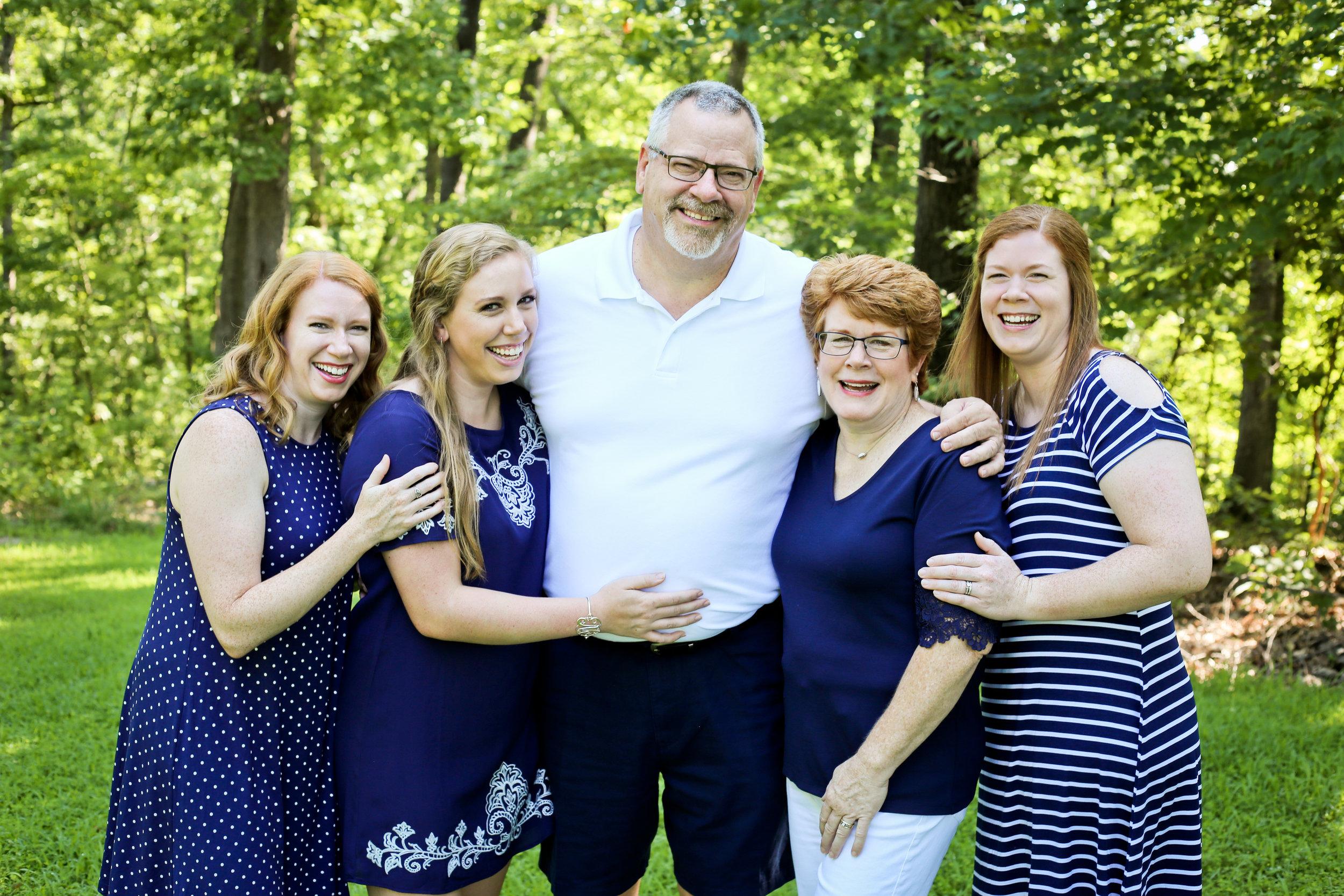 Schmittgens Family 2019-16.JPG
