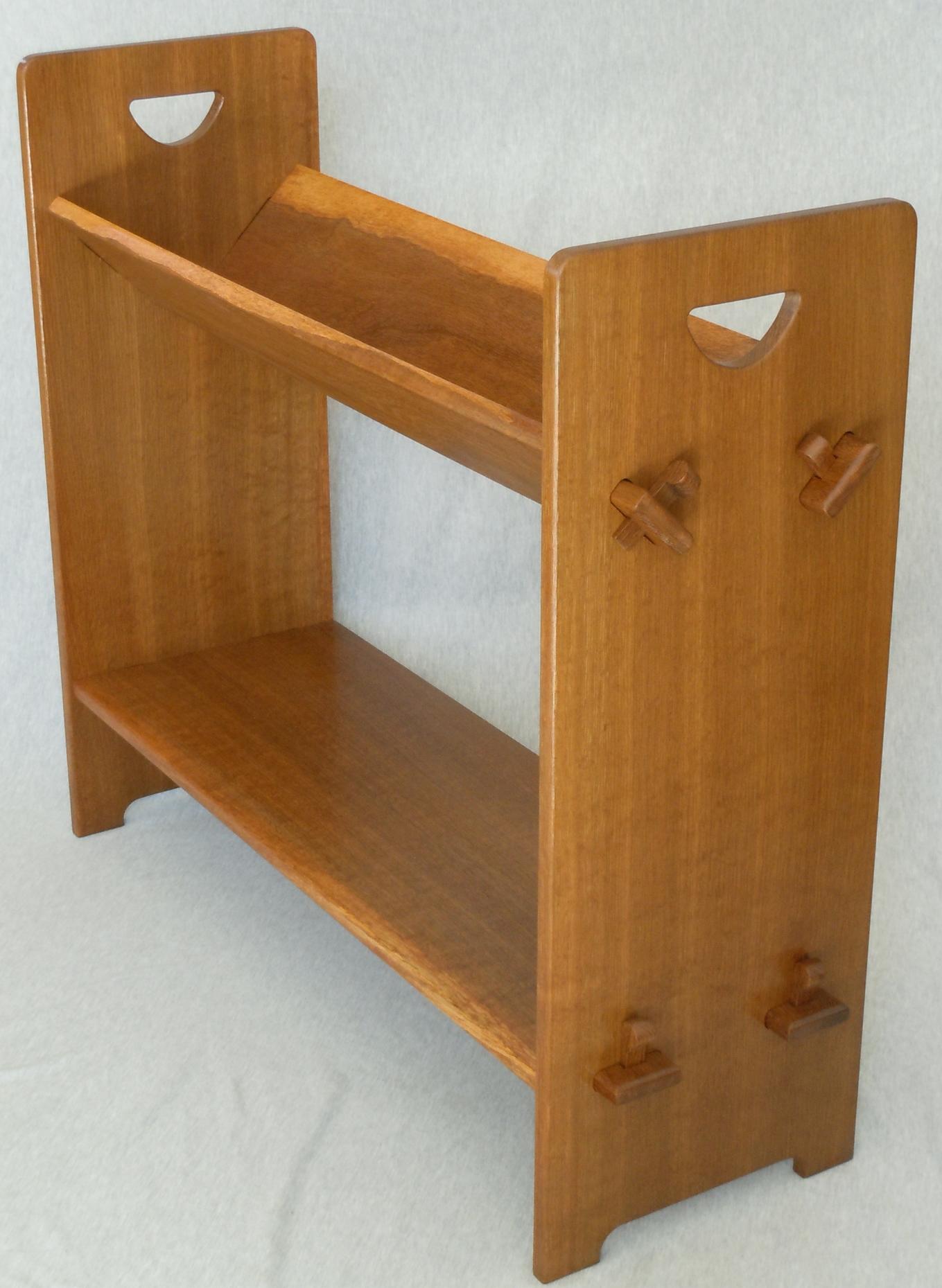 book shelf5.JPG
