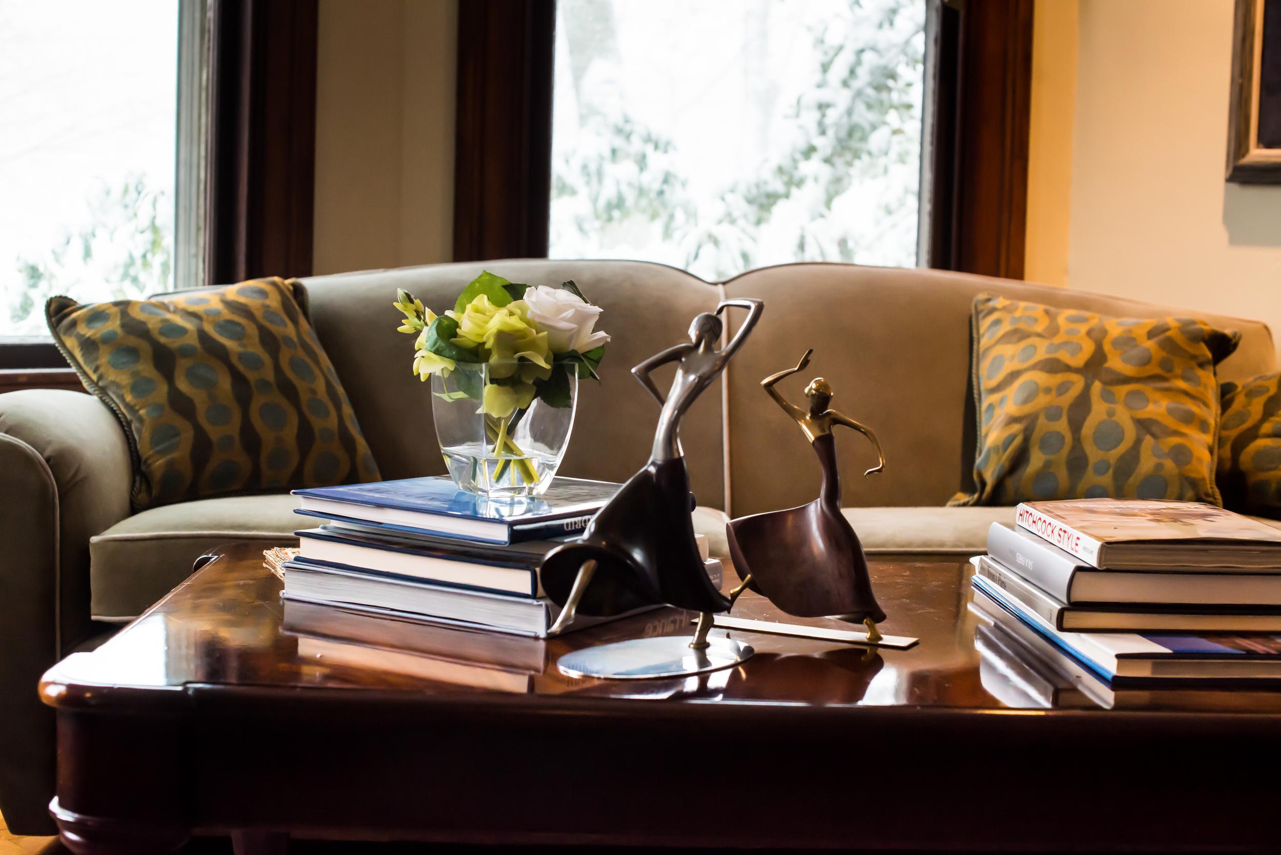 victorian living room.jpg