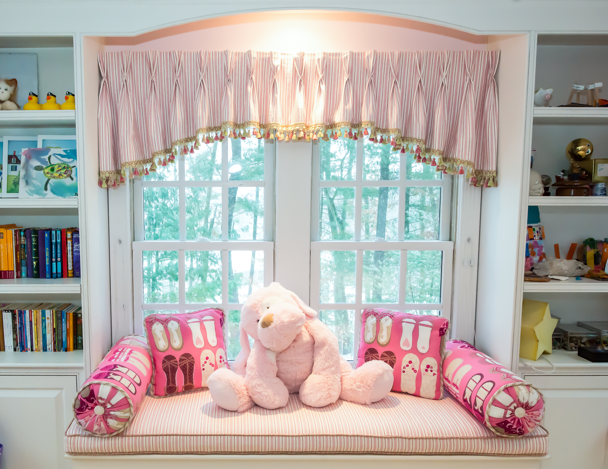 bedroom loveseat 1 (1).jpg