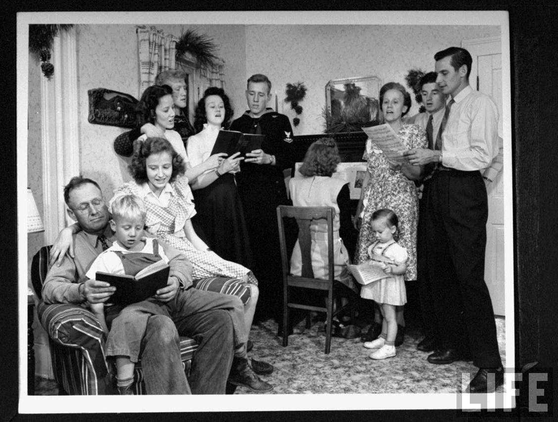 family-singing.jpg