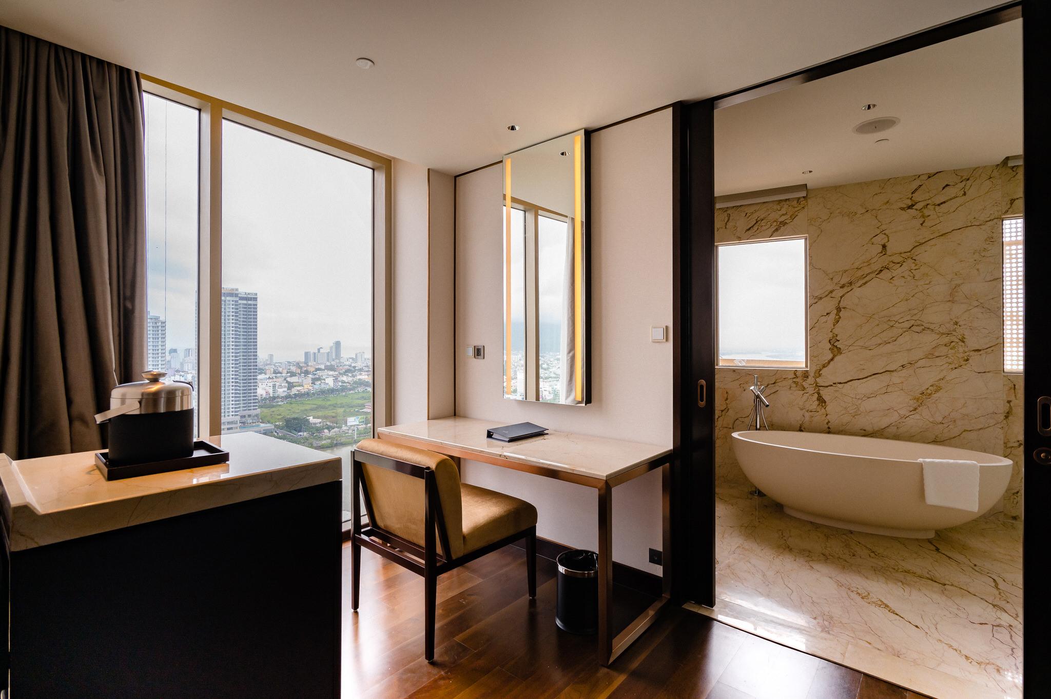 Hilton DaNang -18.jpg