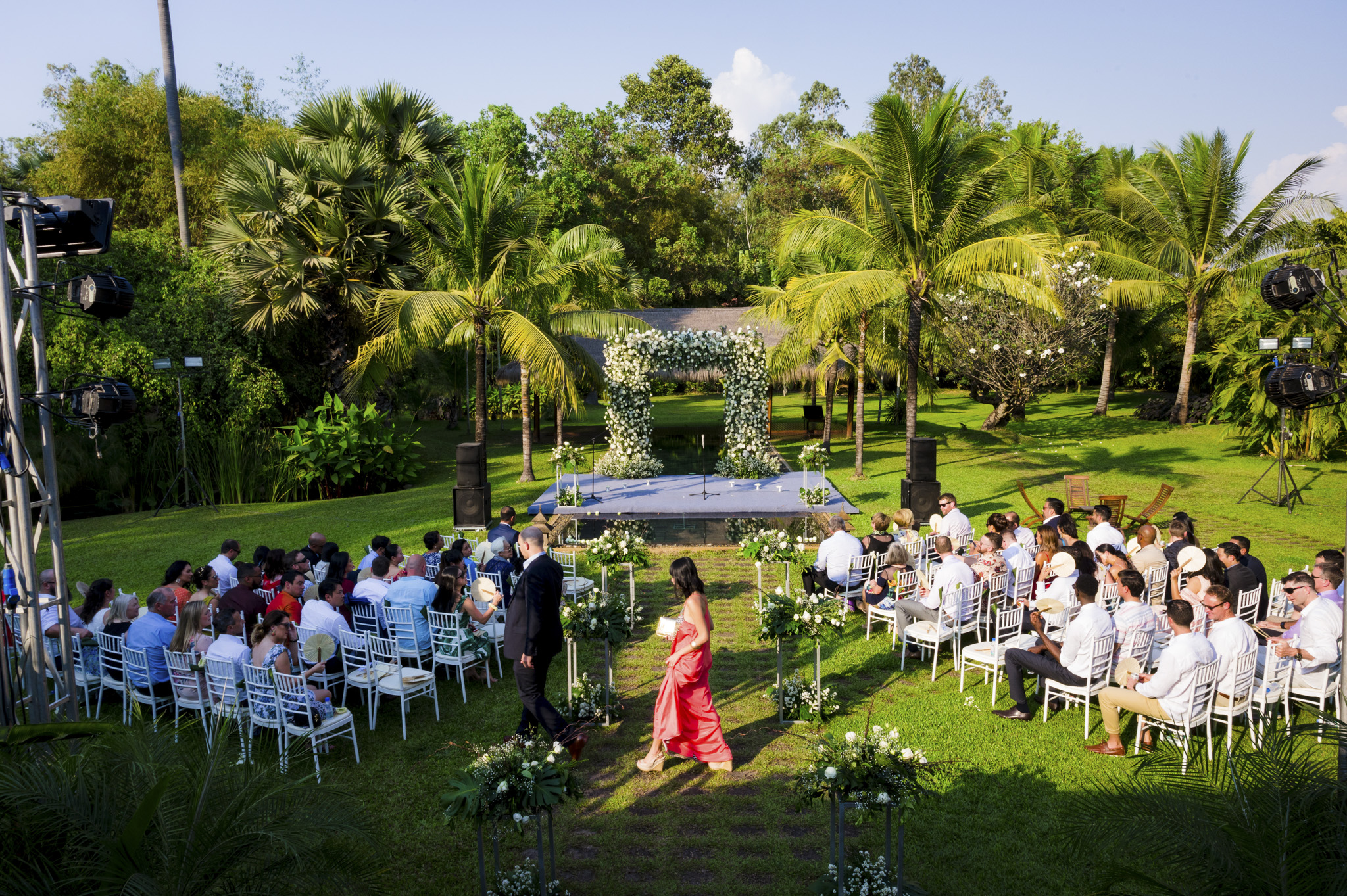 Khoi Le Studios Wedding Photojournalism (Wedding in Campodia)_21.jpg