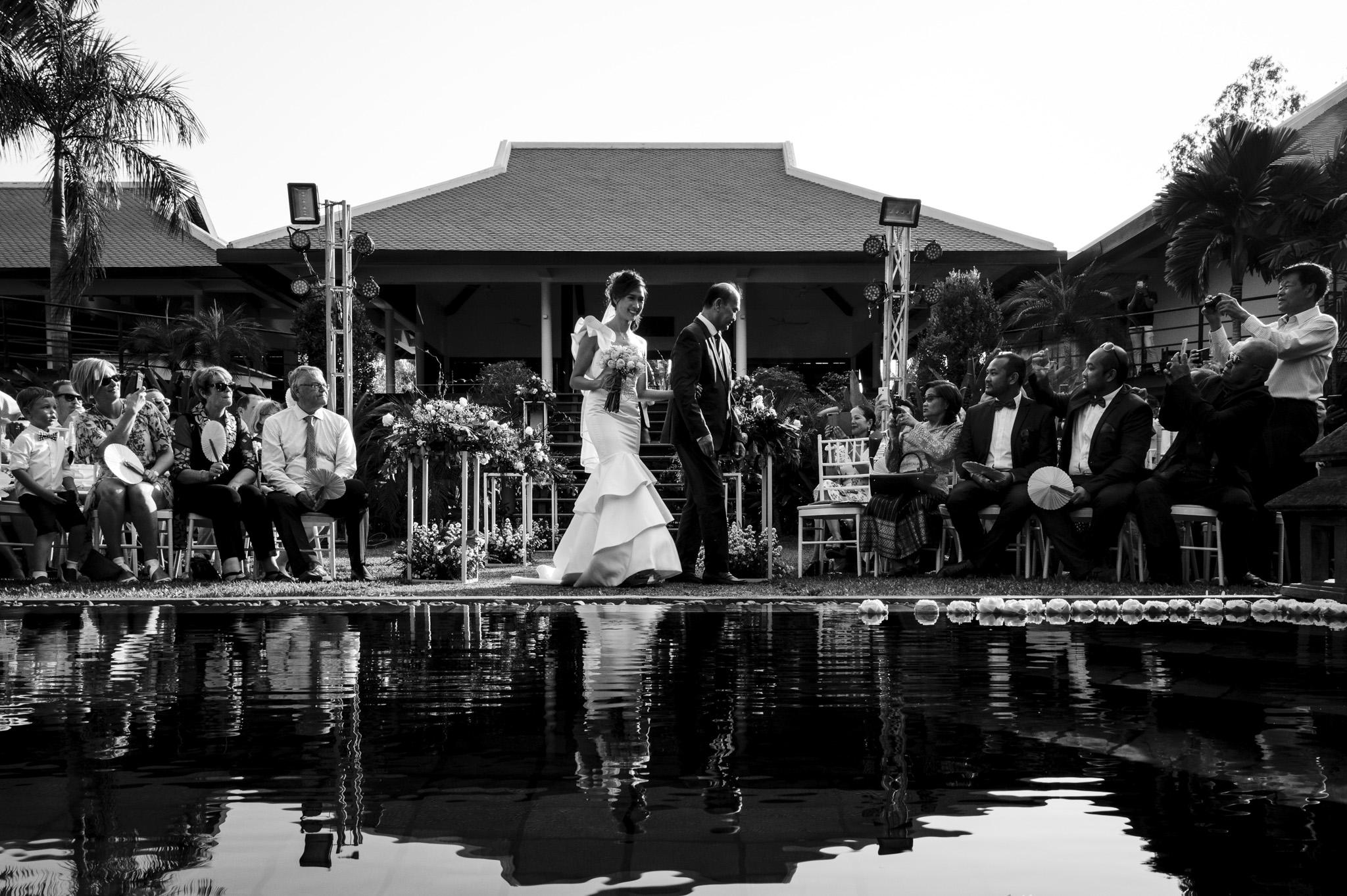 Khoi Le Studios Wedding Photojournalism (Wedding in Campodia)_23.jpg