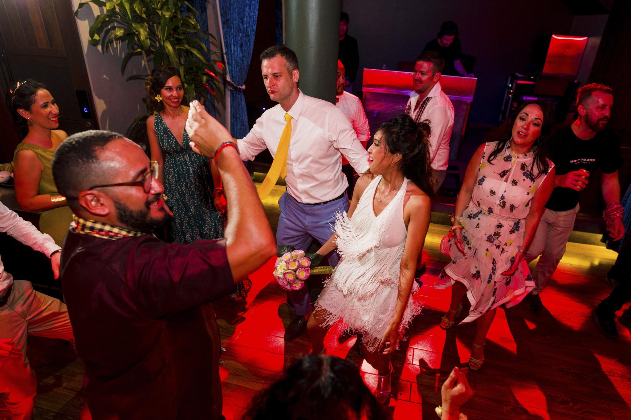 Khoi Le Studios Wedding Photojournalism (Wedding in Campodia)_45.jpg