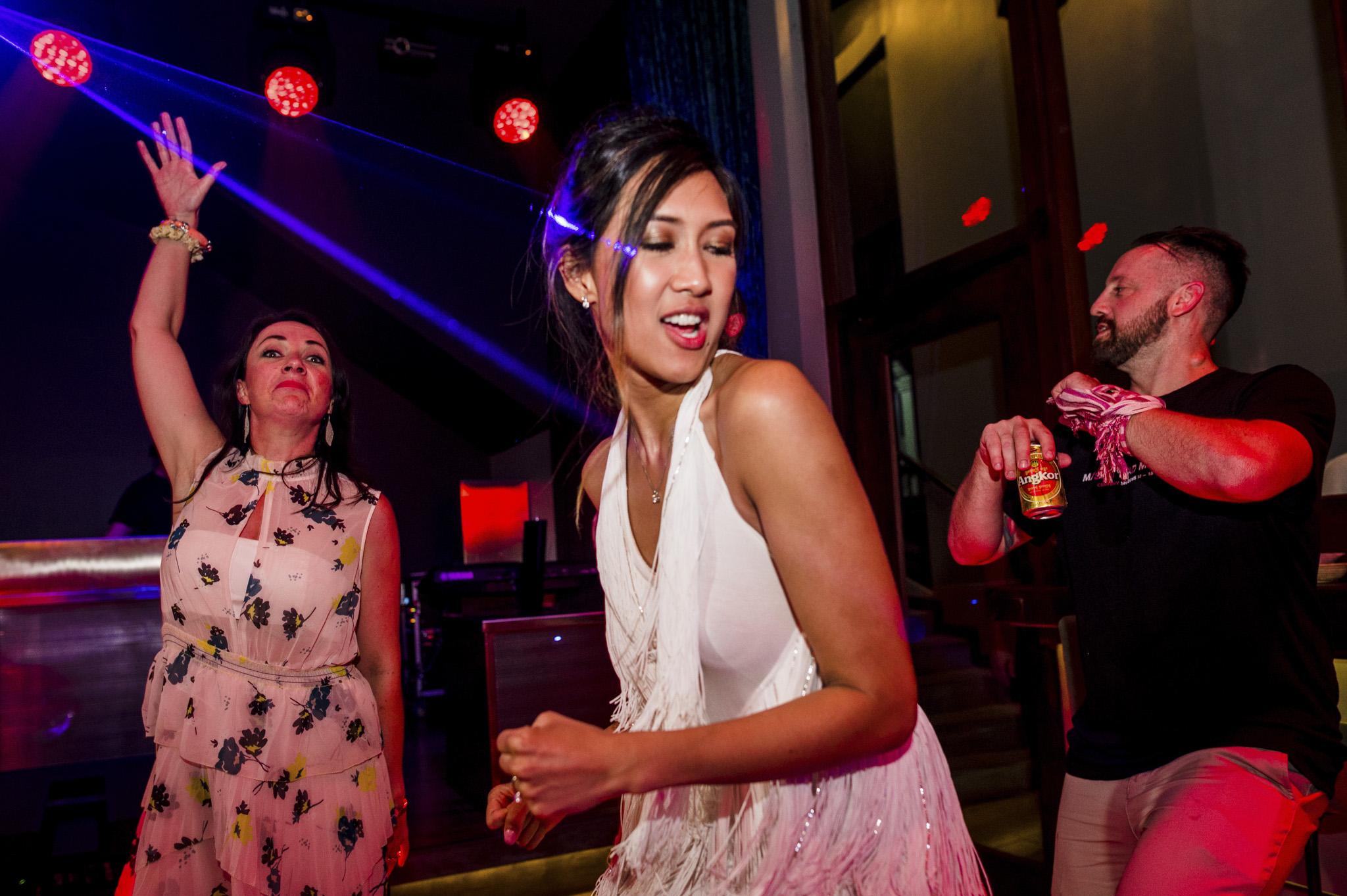Khoi Le Studios Wedding Photojournalism (Wedding in Campodia)_46.jpg