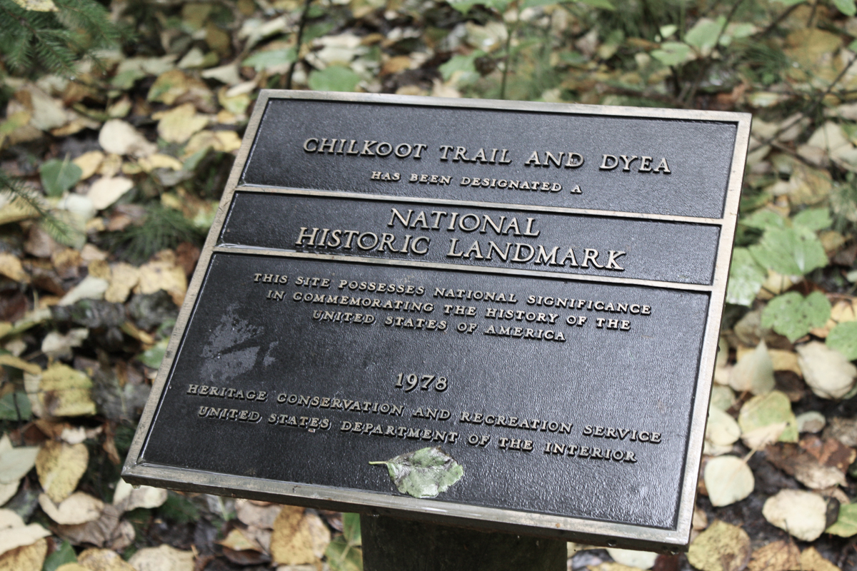 4 out of 5 dentists agree that the Chilkoot Trail has a plaque present.