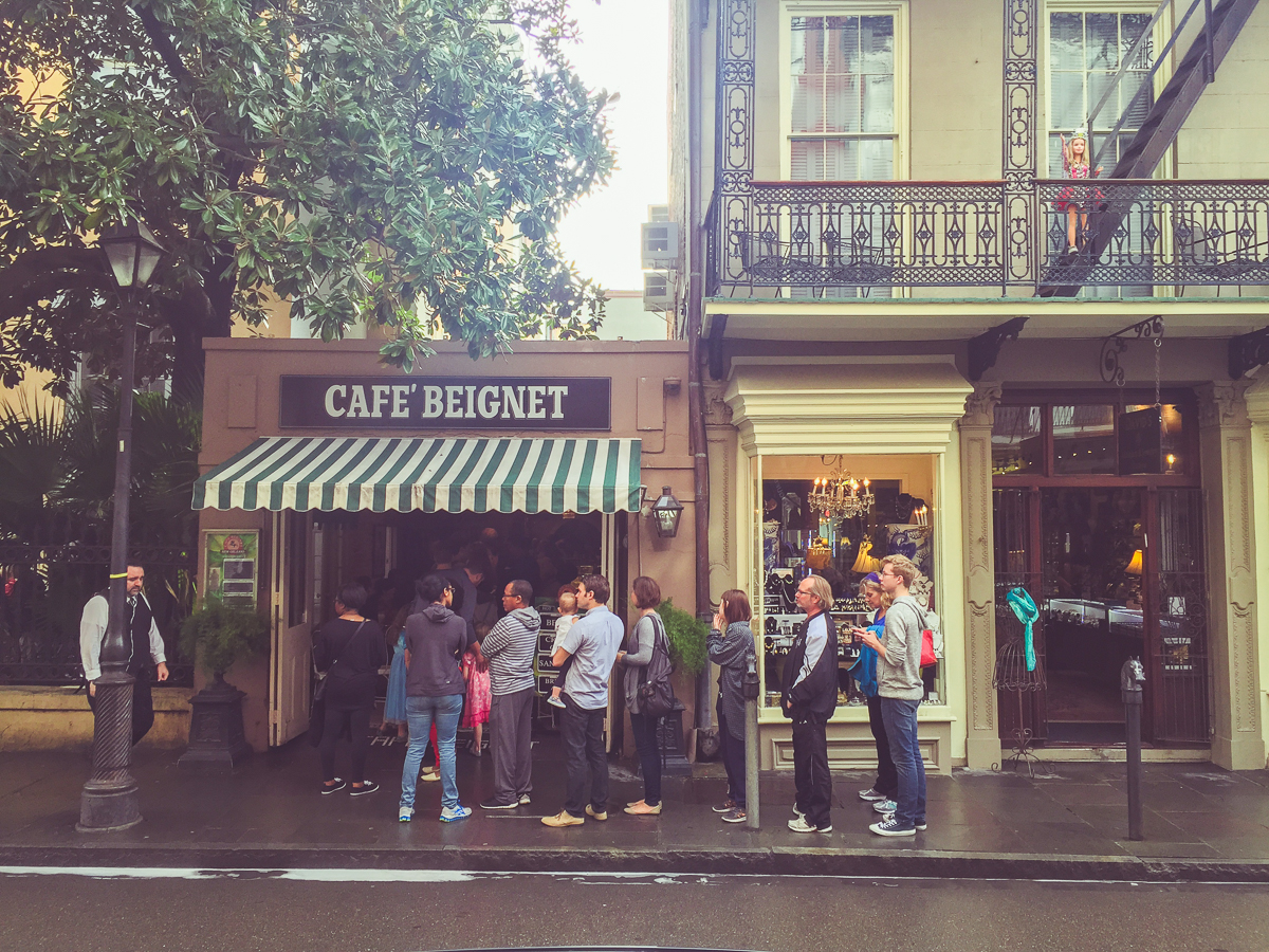 Cafe' Beignet, a charming little beignet shop that attracted us and other hordes of tourists from its central location in the French Quarter.