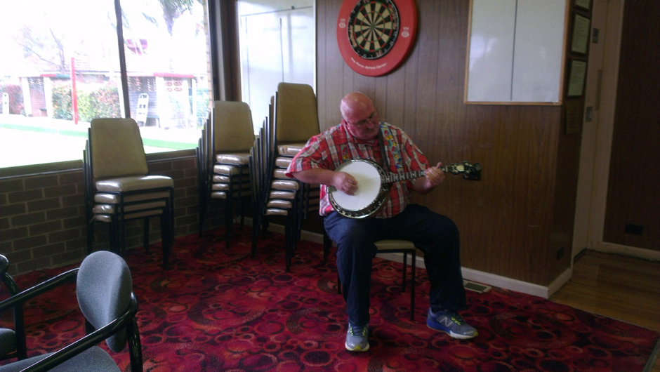 Paul O'Dea demonstrating some of his (previously hidden) talent with the banjo along with story telling that 'wowed' the audience