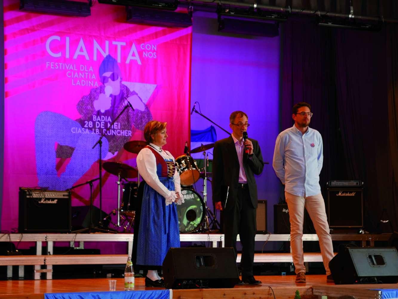 1afestival_cianta-con-nos_salut.jpg