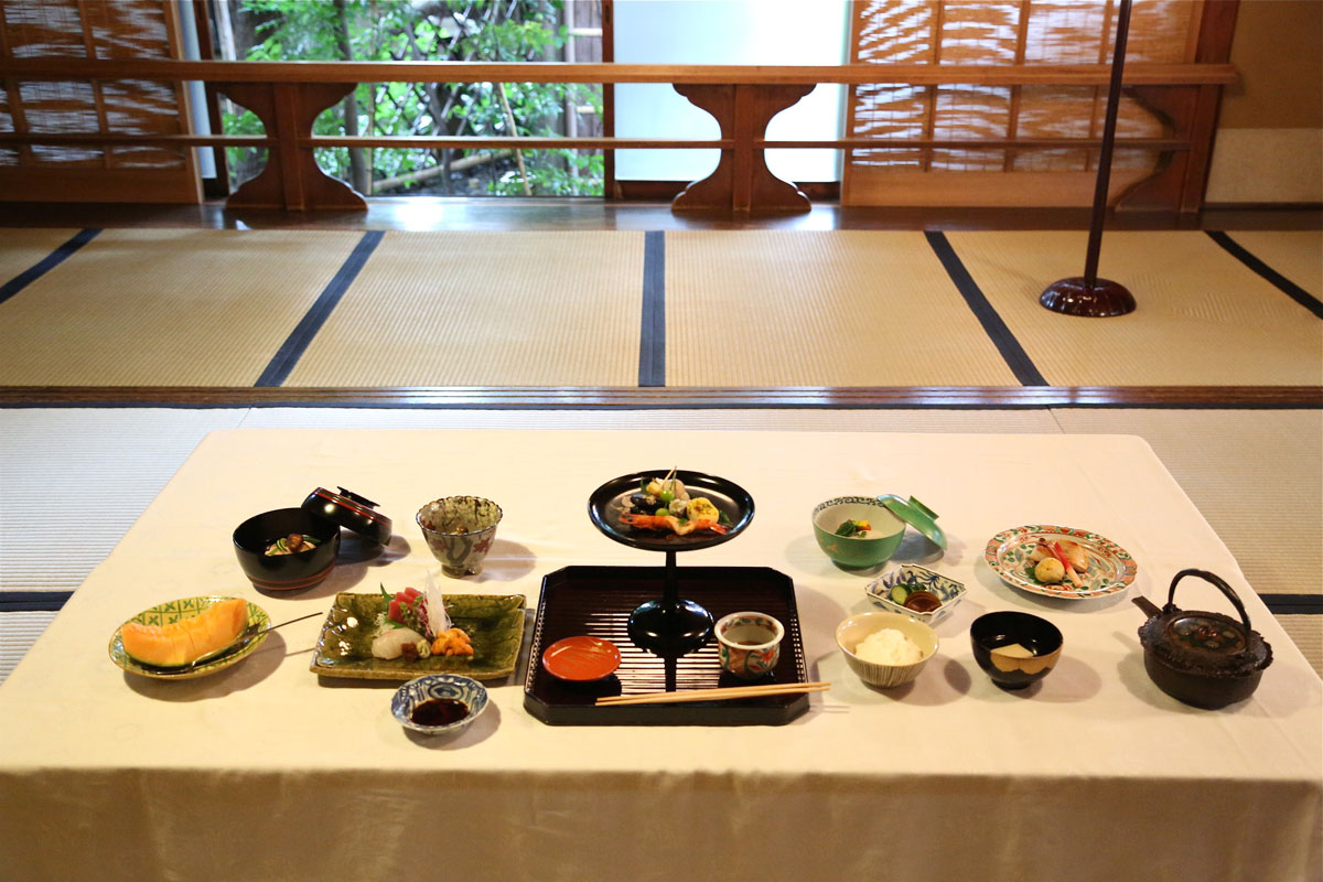 Tea house kaiseki