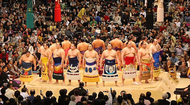 http://www.japan-guide.com/