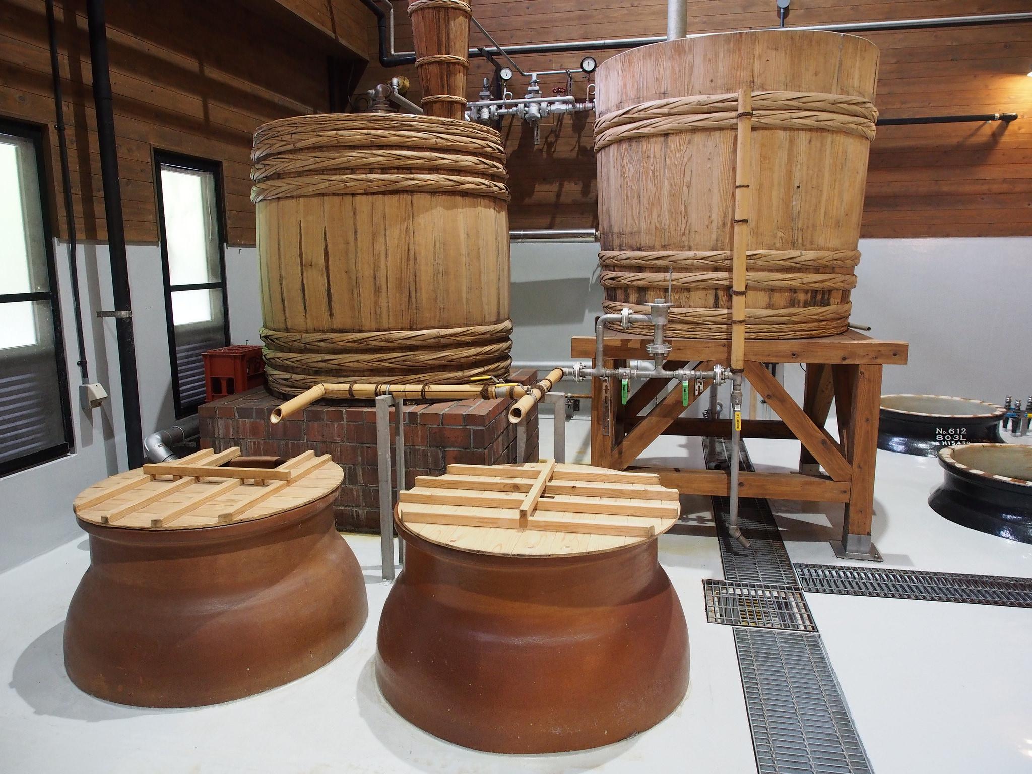 Inside a shochu distillery. ©TOKI