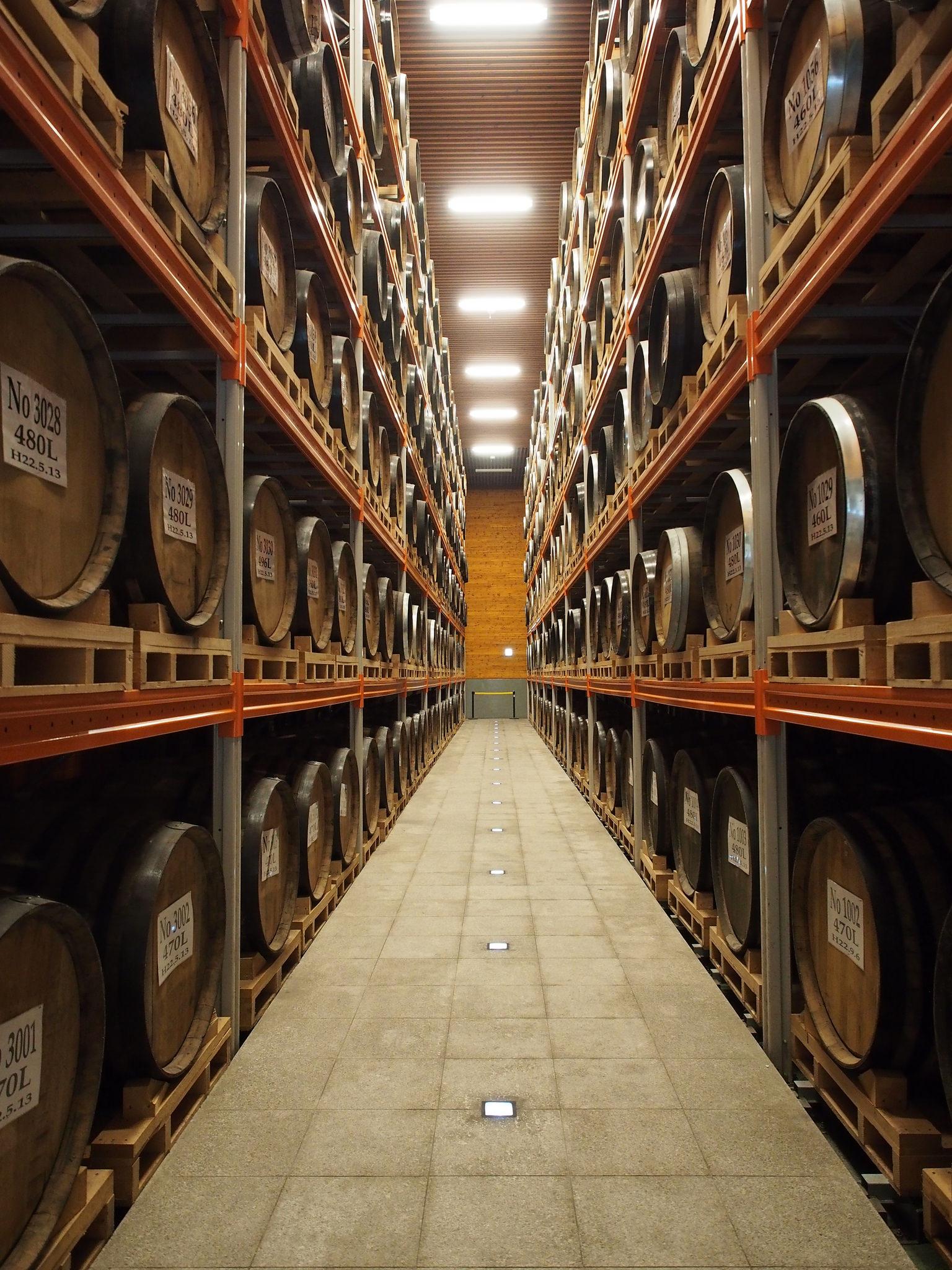 Shochu aged in oak barrels result in a different flavor profile. ©TOKI