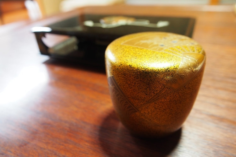 URUSHI LACQUER - 9,000 YEARS OF BEAUTY AND DURABILITY