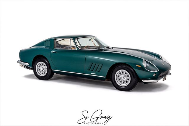 Ferrari 275 GTB supplied by @tomhartleyjunior Shot for @classiccarsmagazine⠀ ⠀ •••••••••••••••••••••••••••••••••••••••⠀ Studio shoots available.⠀ Get in contact for more details. ⠀ •••••••••••••••••••••••••••••••••••••••⠀ ⠀ ⠀ #CarPhotography #CarStudio #AutomotiveStudio #StudioPhotography #AutomotivePhotography #Studio #CarPhotographer #Car #Carsofinstagram #SiGray #PGStudios #Ferrari #275GTB #TomHartleyJnr #ClassicCars #ClassicCarsMagazine