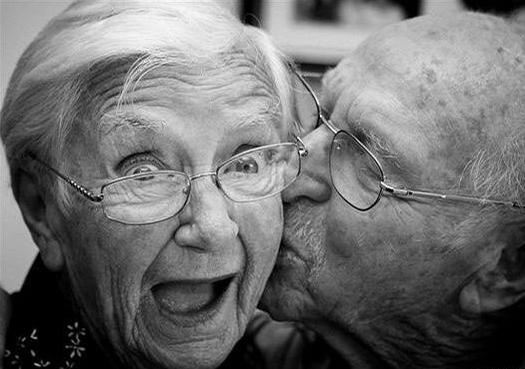 happy-old-couple_crop-copy.jpg