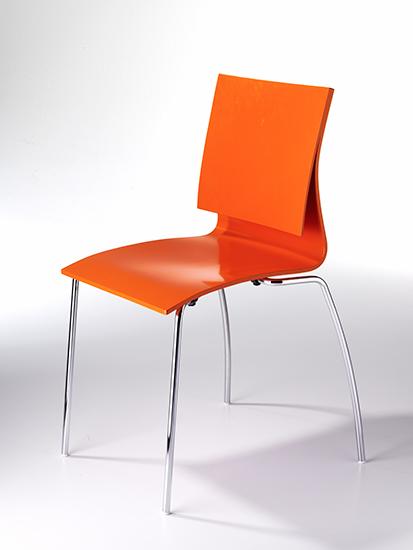 Stuhl_orange-002.jpg