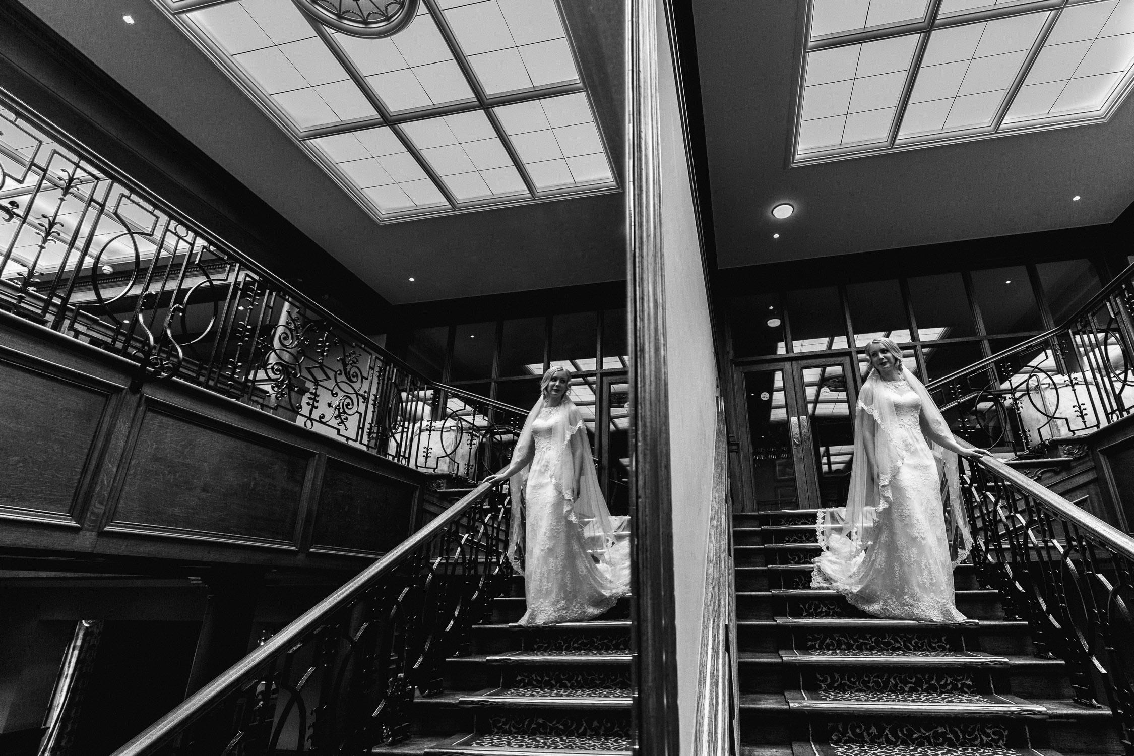 Lizi-and-Mark-Wedding-Highlights-18.jpg