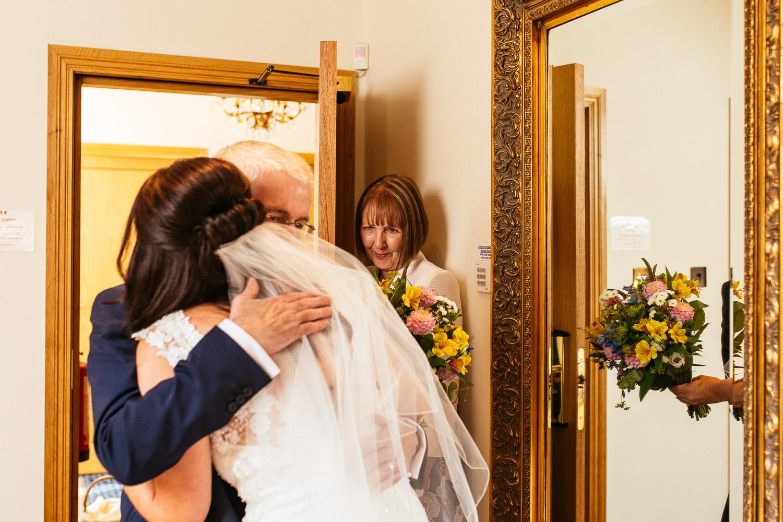 Jen-and-Jon-Wedding-Highlights-20.jpg