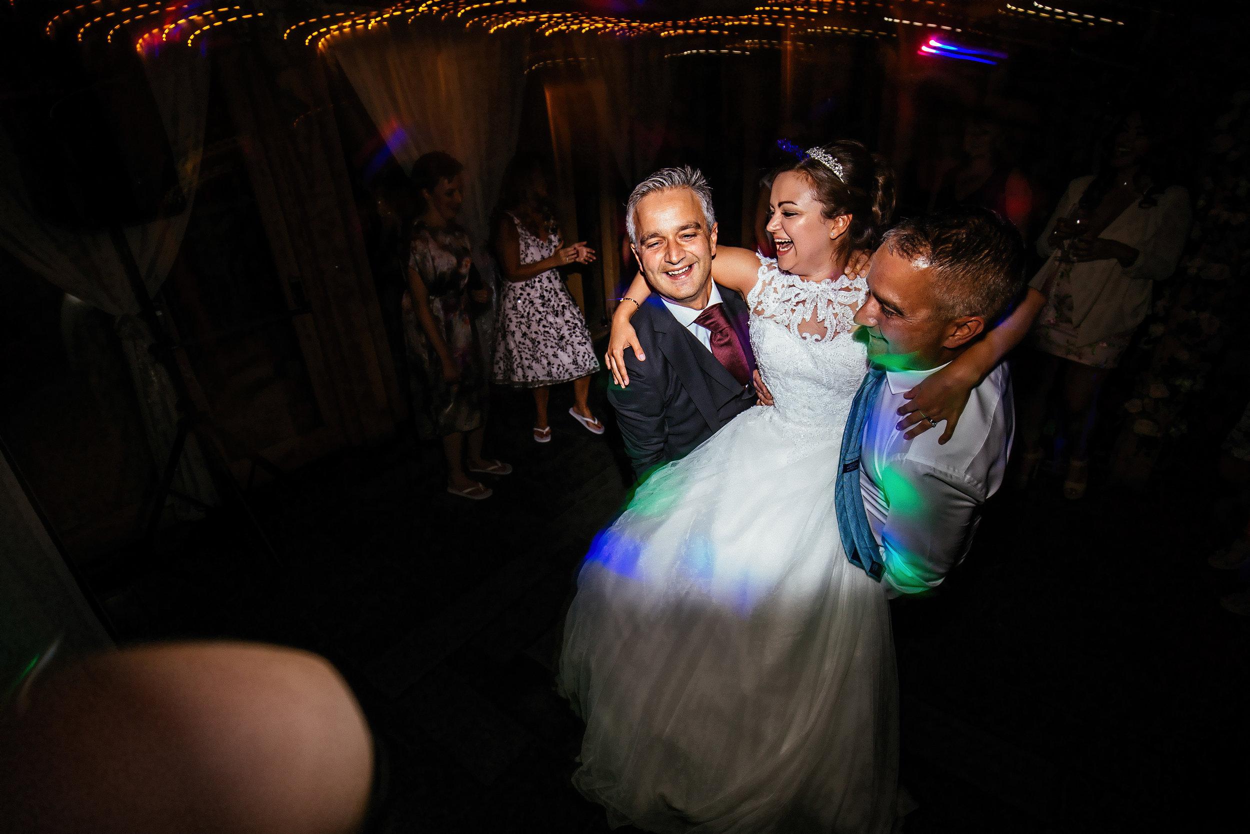 Emily-and-Peter-Wedding-Highlights-104.jpg