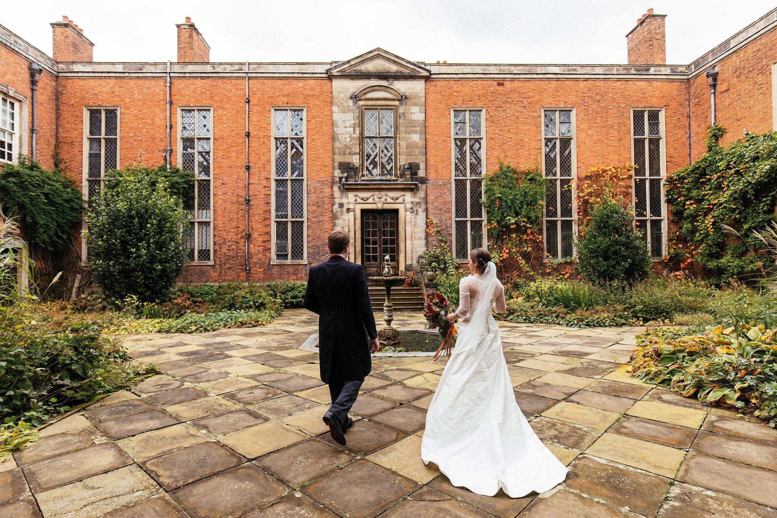 Dunham-Massey-Wedding-Photographer-38.jpg