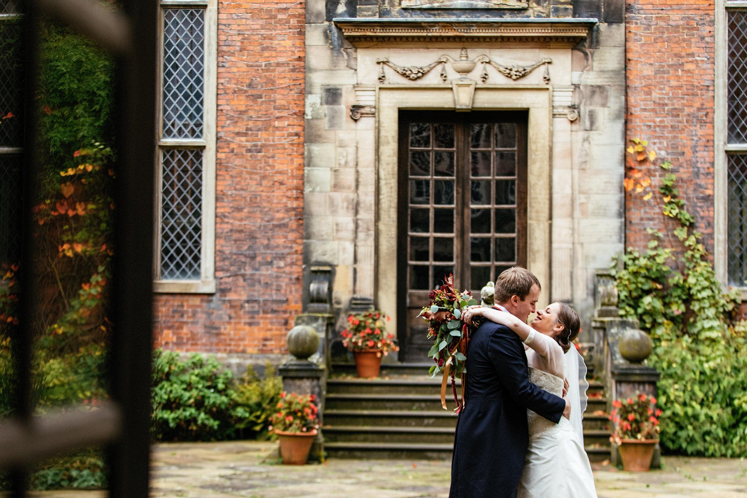 Dunham-Massey-Wedding-Photographer-40.jpg