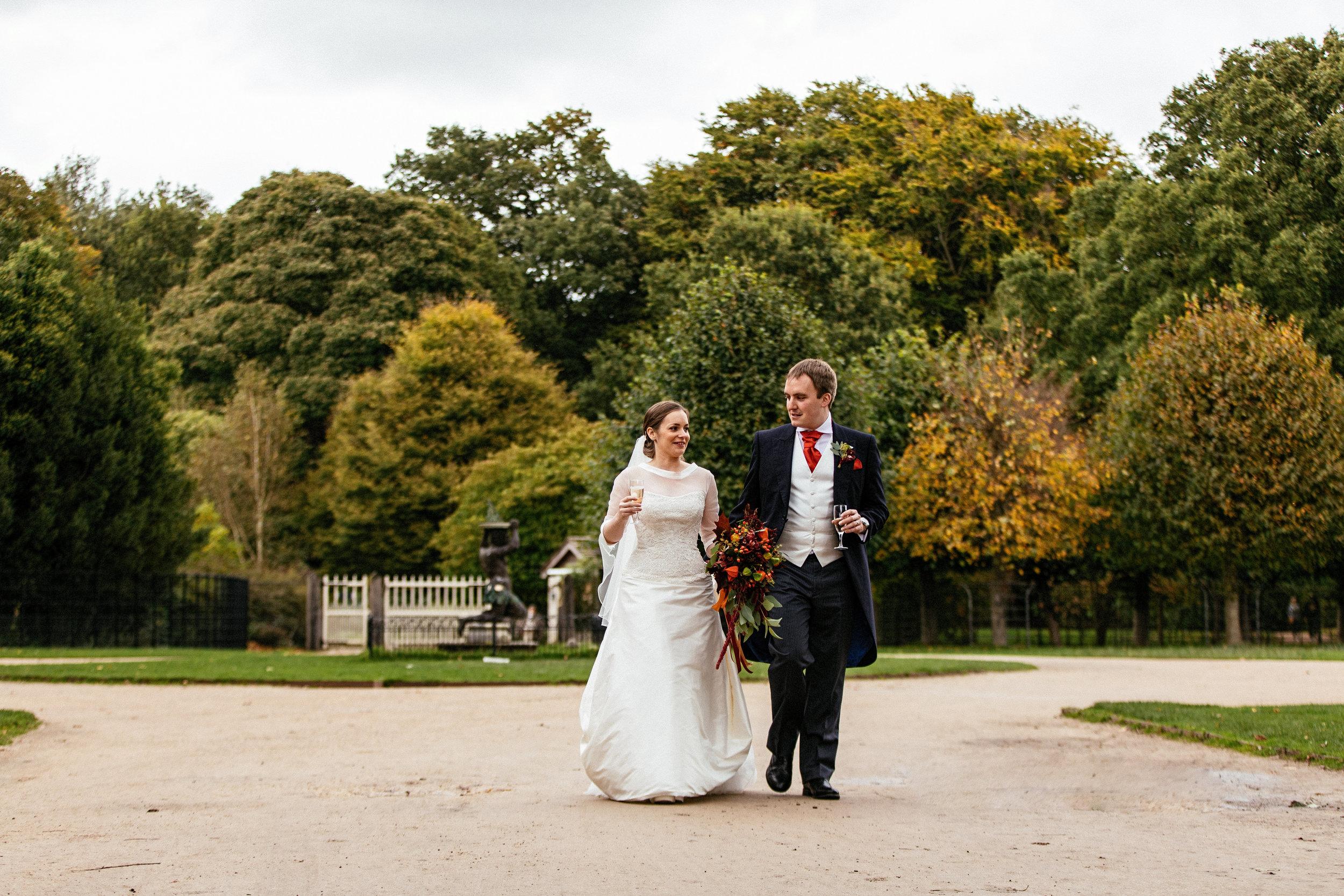 Dunham-Massey-Wedding-Photographer-64.jpg