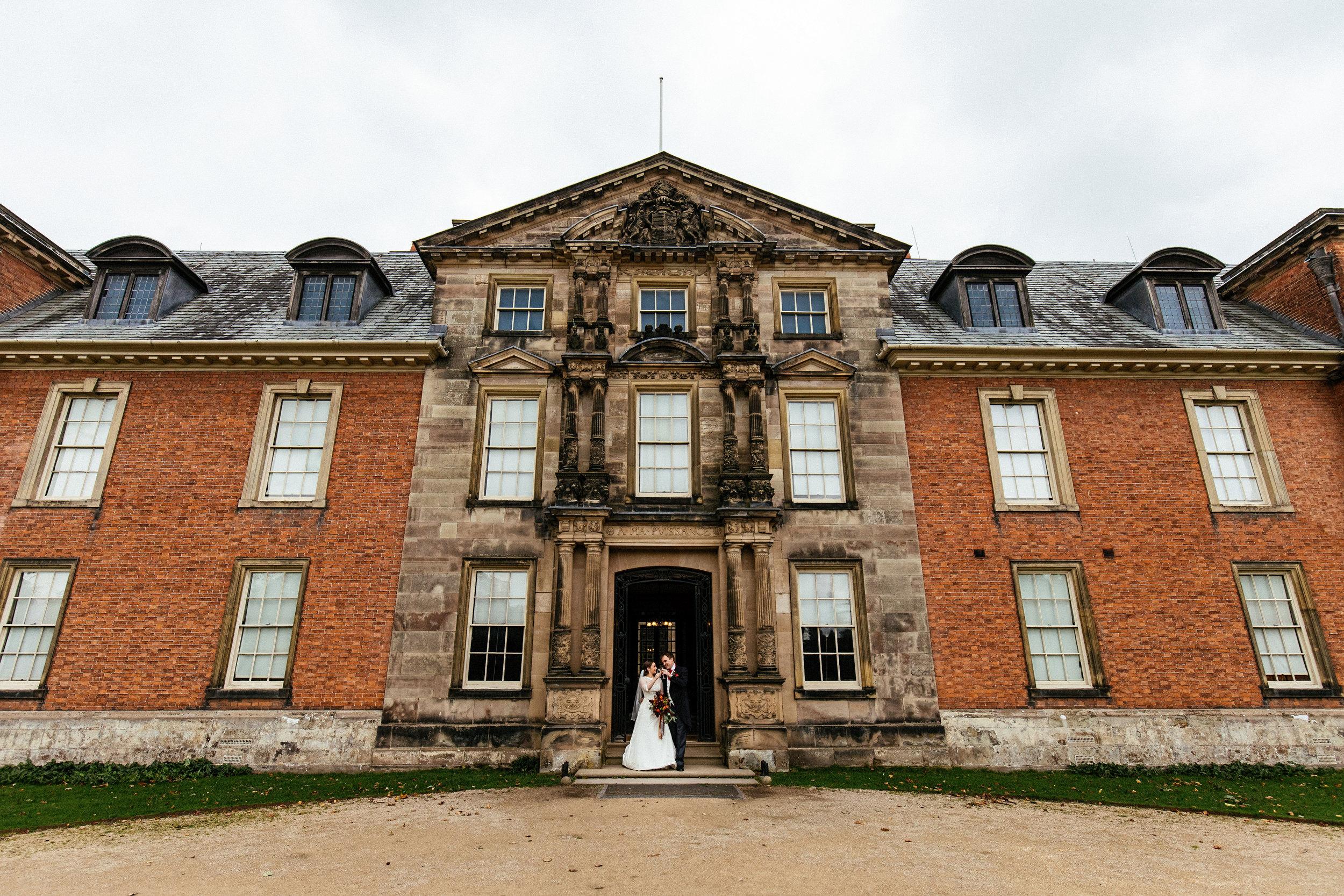 Dunham-Massey-Wedding-Photographer-63.jpg