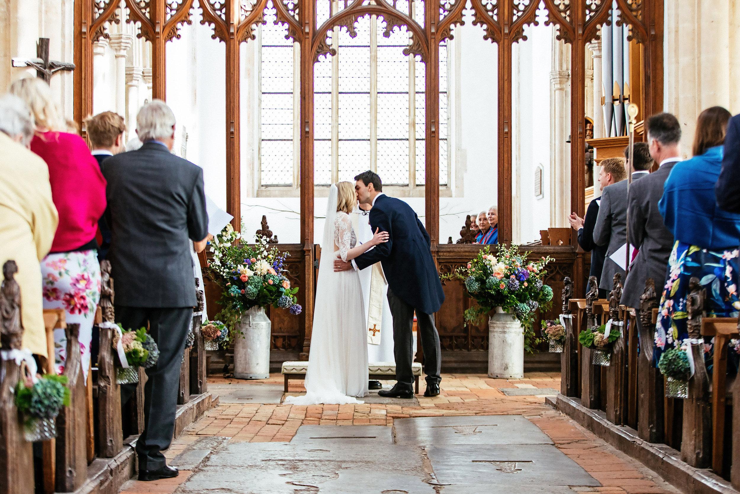 White Dove Barns Suffolk - Wedding Photographer 0099-1.jpg