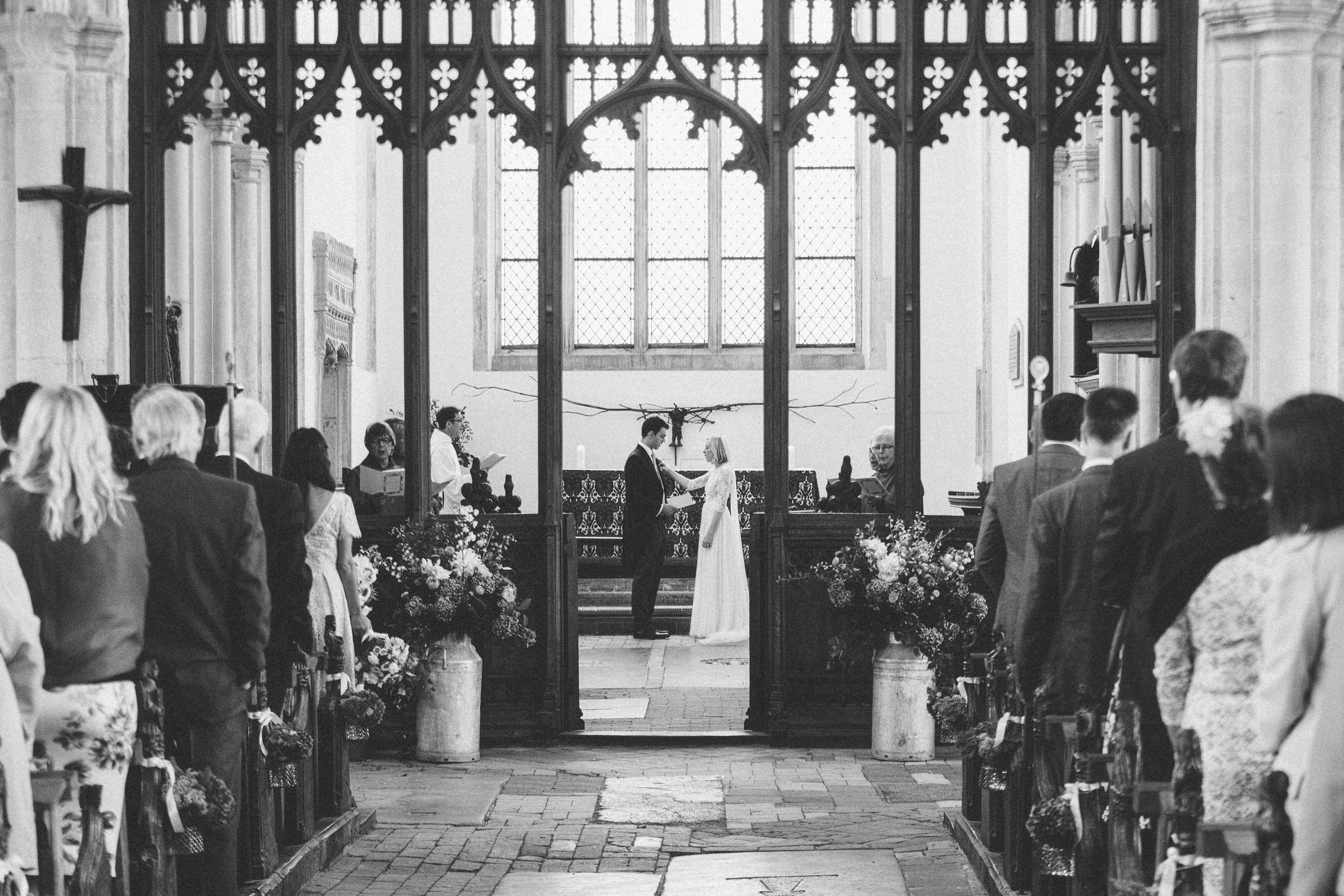 White Dove Barns Suffolk - Wedding Photographer 0104-1.jpg