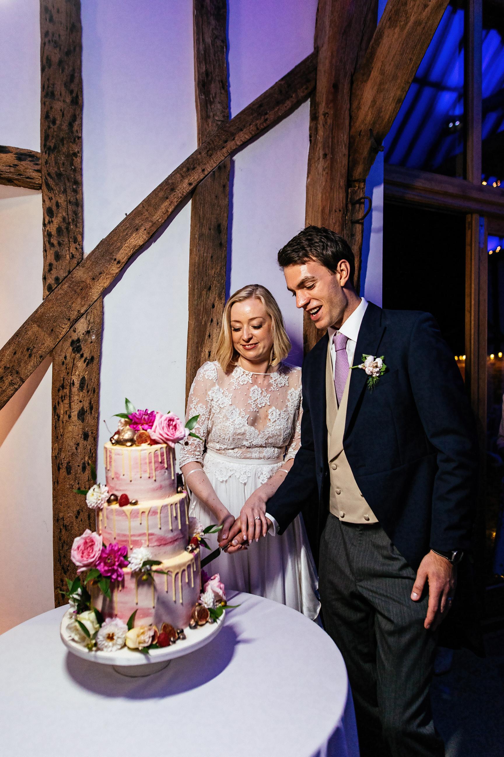 White Dove Barns Suffolk - Wedding Photographer 0174-1.jpg