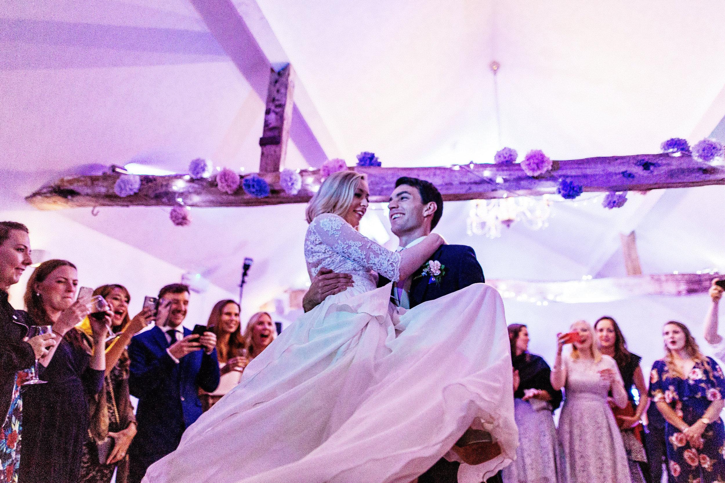 White Dove Barns Suffolk - Wedding Photographer 0177-1.jpg