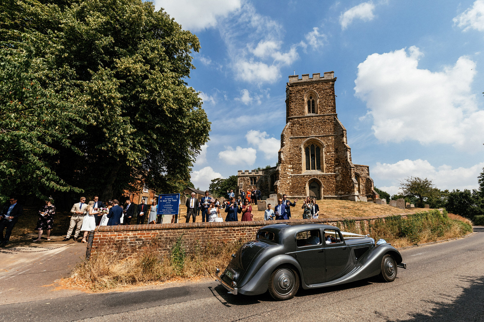 Edworth-Manor-Farm-Wedding-Photographer-032.jpg