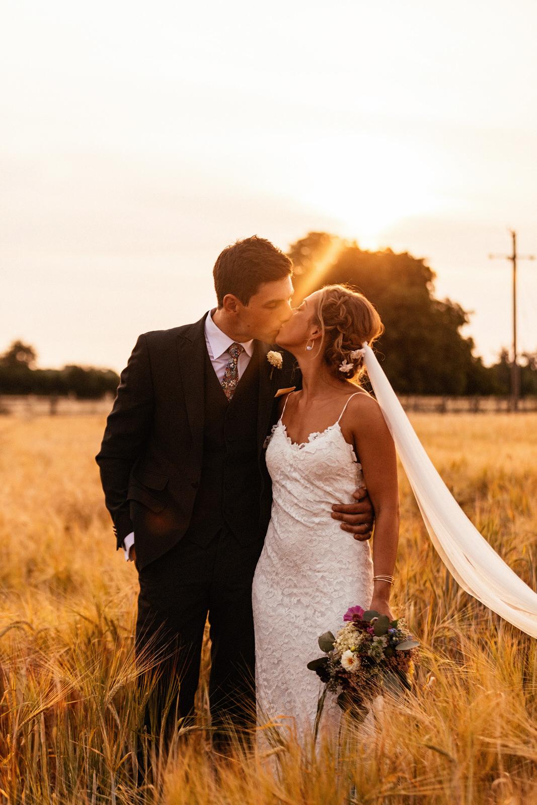 Edworth-Manor-Farm-Wedding-Photographer-070.jpg