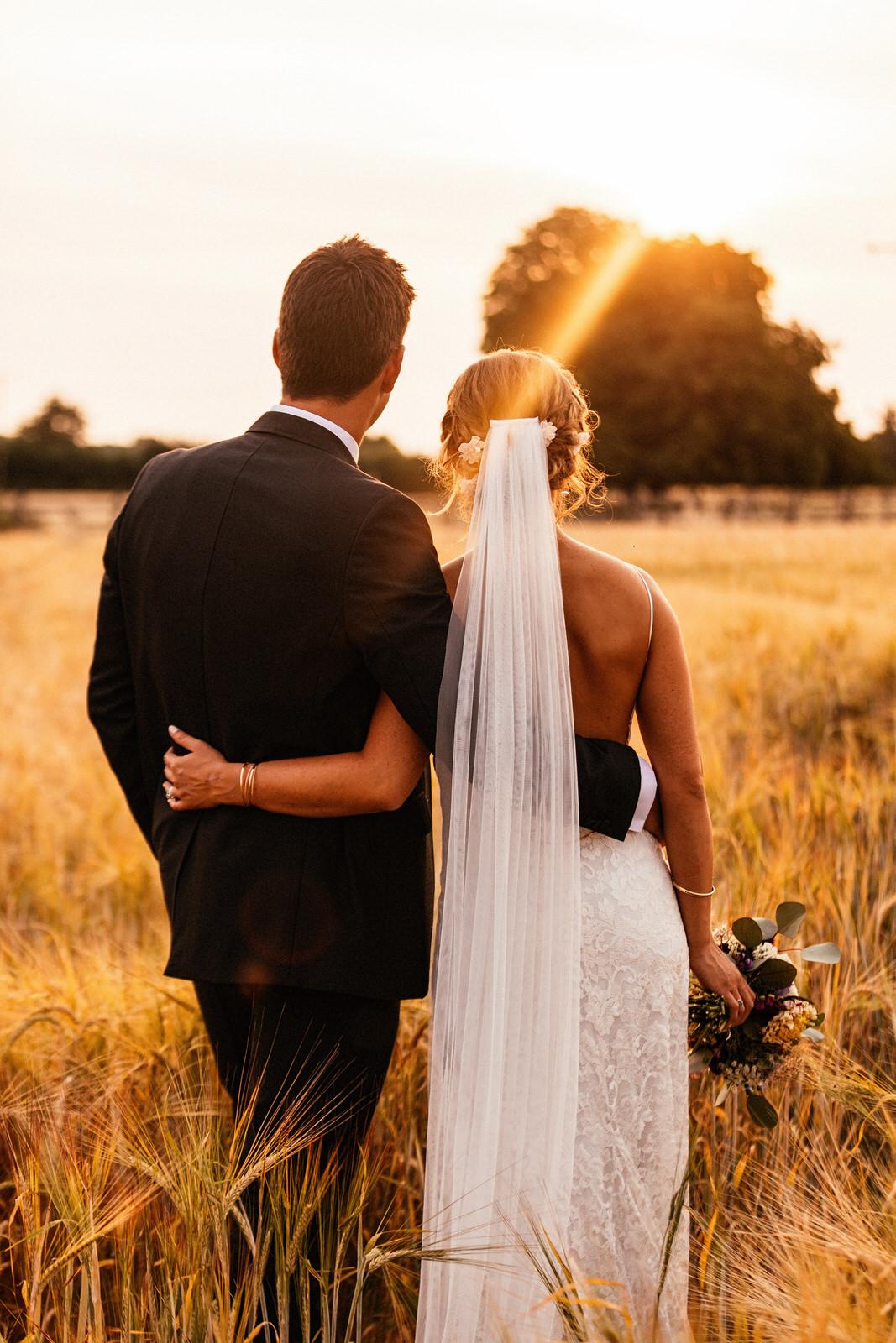 Edworth-Manor-Farm-Wedding-Photographer-074.jpg