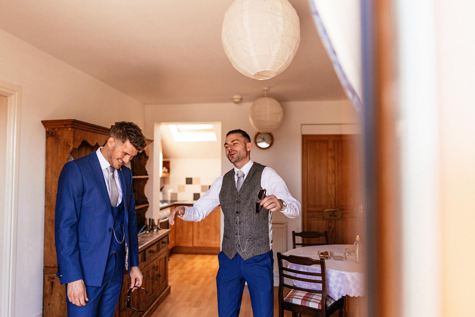 Moddershall-Oaks-Spa-Wedding-Photographer-003.jpg