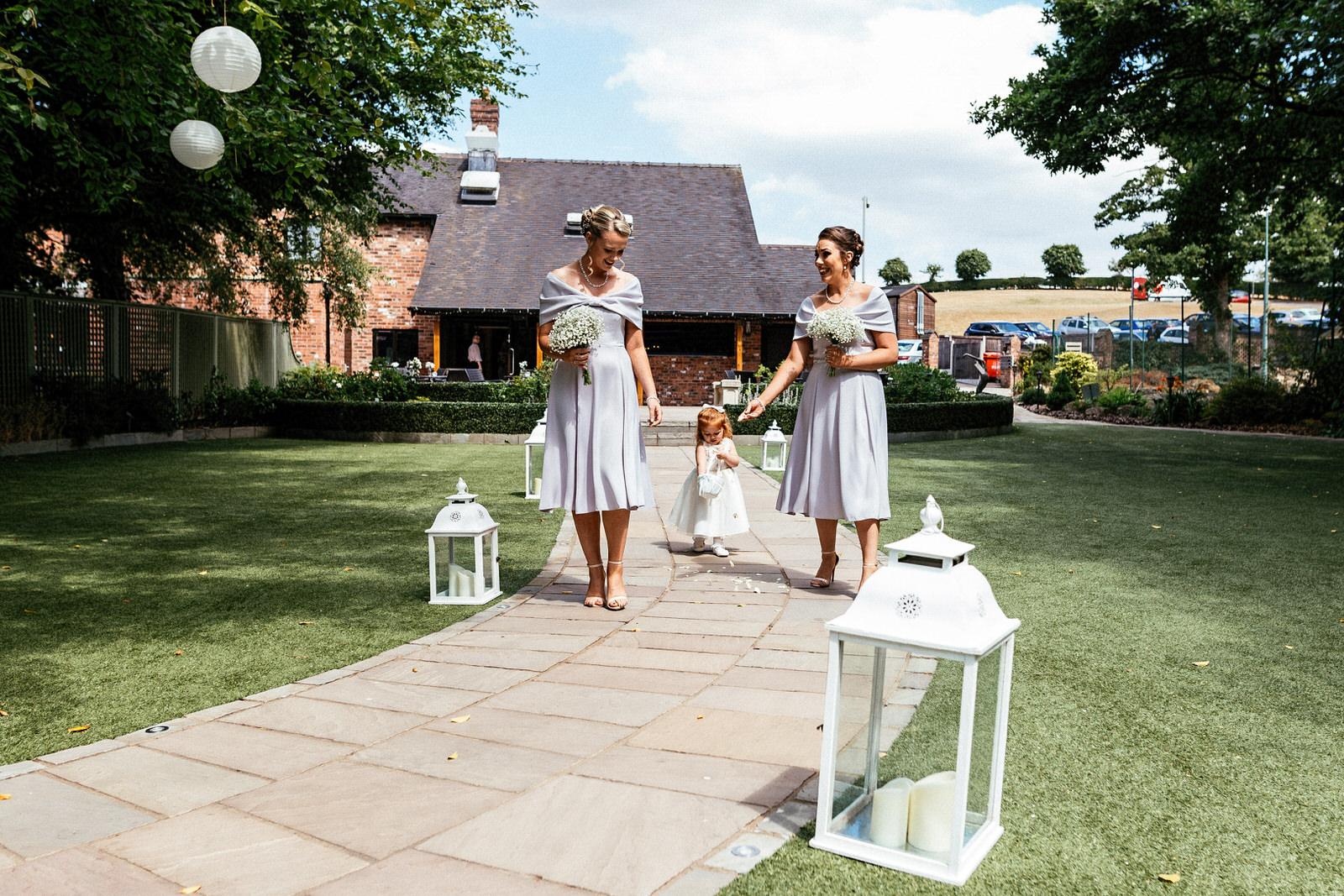 Moddershall-Oaks-Spa-Wedding-Photographer-017.jpg