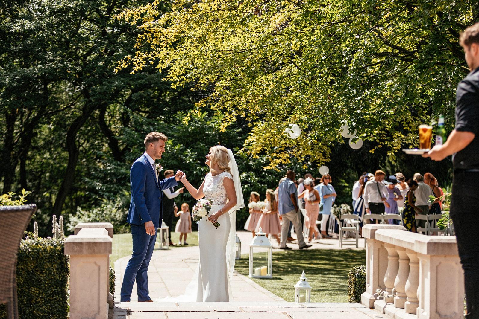 Moddershall-Oaks-Spa-Wedding-Photographer-027.jpg